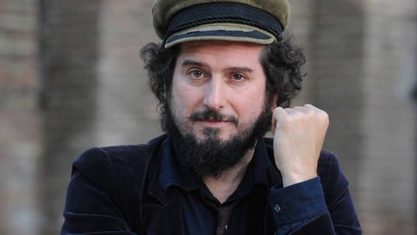 Vinicio Capossela in Pandemonium al Teatro Romano