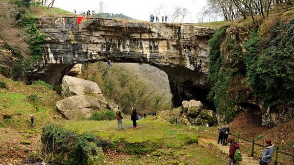 Ponte di Veja a Sant'Anna d'Alfaedo