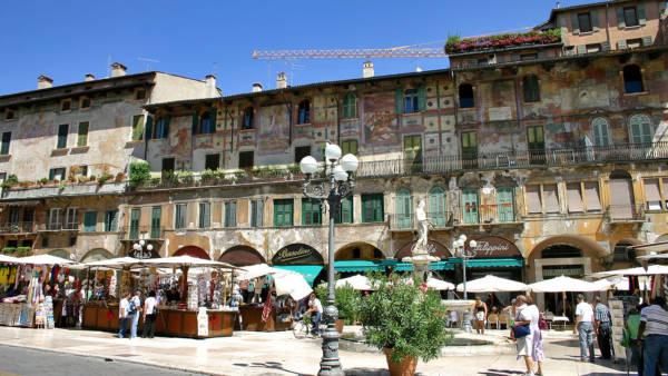 Piazza delle Erbe, il Foro di Verona