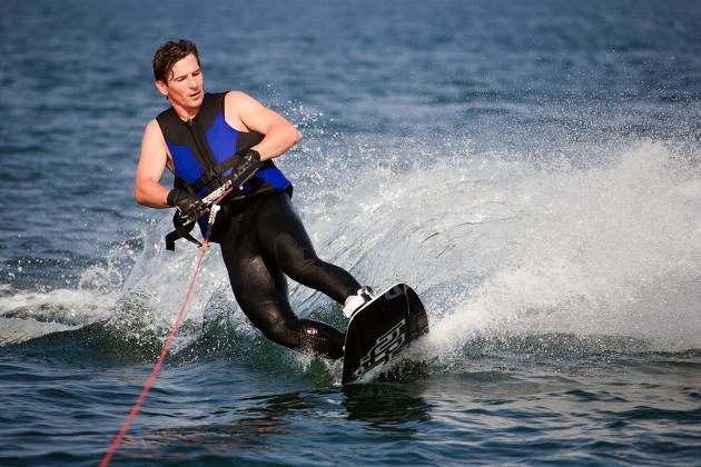 Water Ski / Wakeboard / Parasailing Center Bardolino