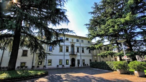 Istituto Assistenza Anziani Villa Monga