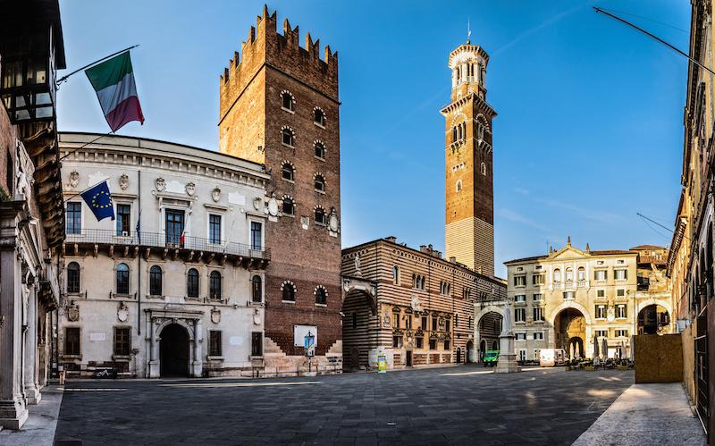 Piazza dei Signori - Luoghi da visitare a Verona
