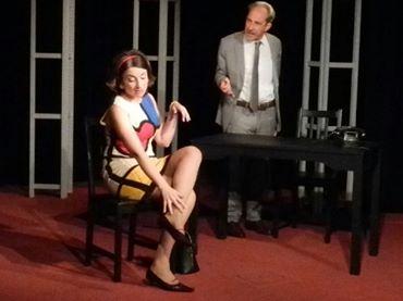 """La Compagnia dell'Eclissi di Salerno porta in scena """"La signora e il funzionario"""" al Teatro Modus"""