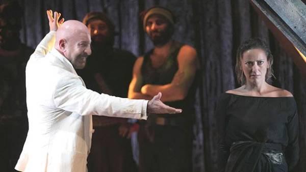 Antigone di Sofocle al Teatro Nuovo