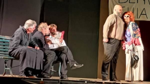 """In scena lo spettacolo """"Un litro di grappa"""" al Teatro Camploy"""