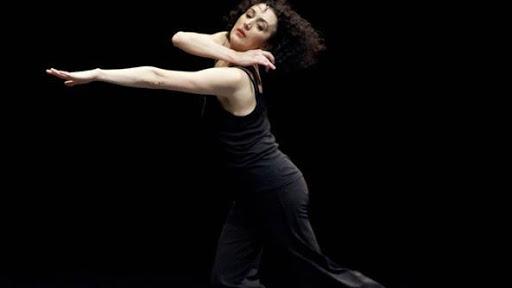 Moving with Pina al Teatro Romano