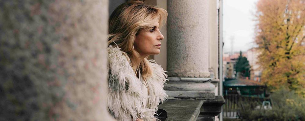 """L'interpretazione di Isabella Ferrari in """"Fedra"""" al Teatro Romano"""
