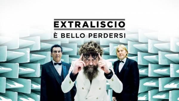Gli Extraliscio in concerto al Teatro Romano di Verona