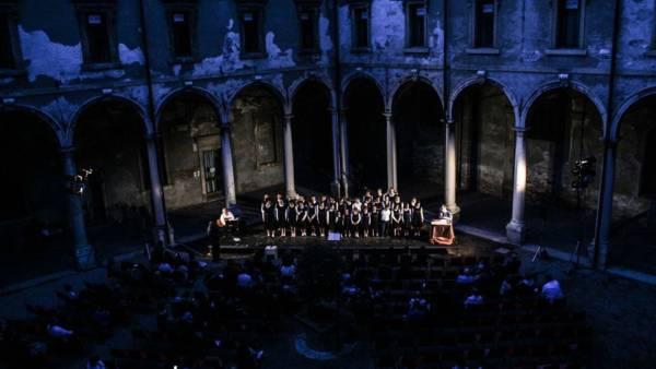 Un mese di eventi di musica, teatro, cultura e dialogo al Chiostro di Sant'Eufemia