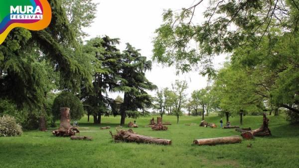 """11 scultori per dare """"Nuova vita agli alberi"""""""