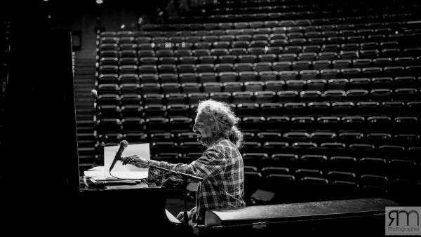 "Stefano Bollani con ""Piano Variations on Jesus Christ Superstar"" al Teatro Romano"