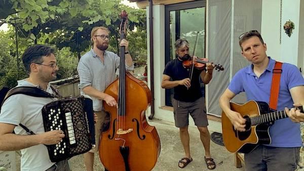 Speciale appuntamento con il folk della Contrada Lorì sul green stage del Mura Festival