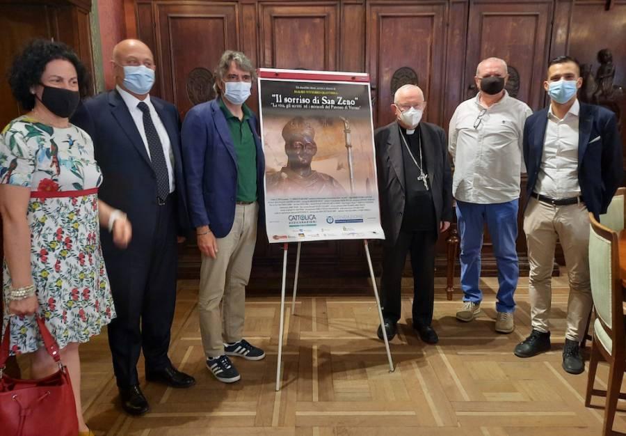 Foto presentazione film con il sindaco Federico Sboarina