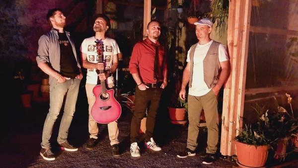 "Il Folk Jazz dei ""Cafè Desordre"" al Bastione di San Bernardino"